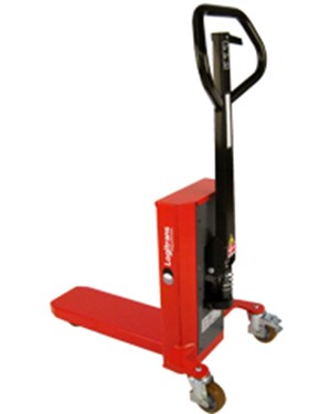 Easy and smooth handling and lifting of quarter pallets; Capacity 660 lbs